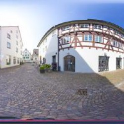 Kesselplatz 13